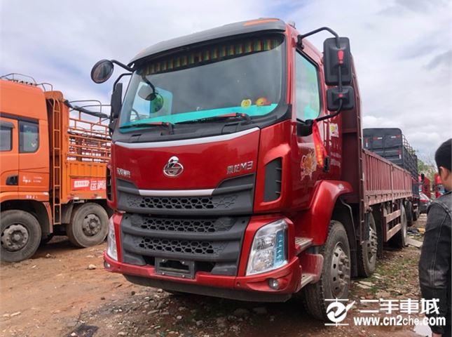 东风柳汽 乘龙M3 200马力6X2载货车