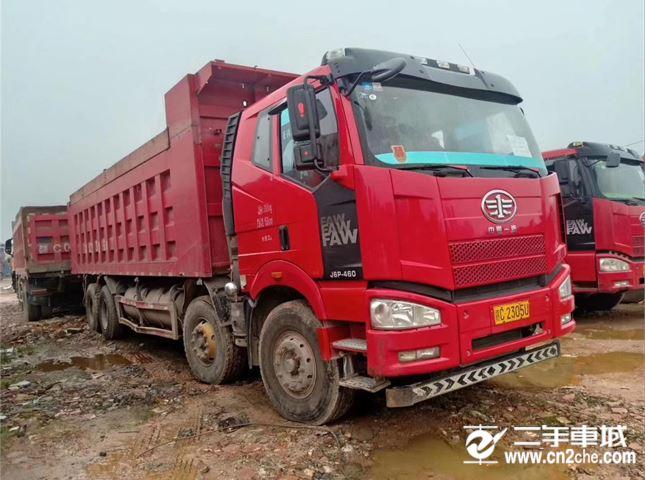 一汽解放 J6 解放J6P-420马力,8.2米货箱