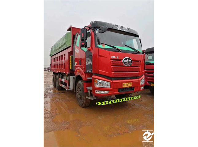 一汽解放 J6 解放J6P-420馬力,貨箱6.2米