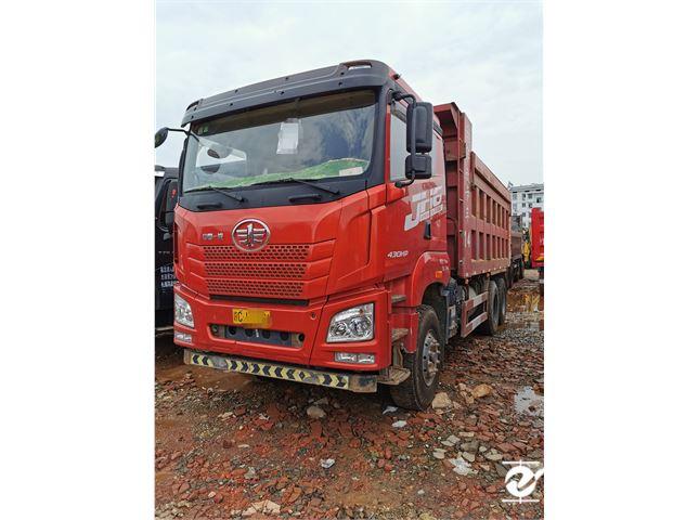 青島解放 JH6 后八輪工程車出售國五車