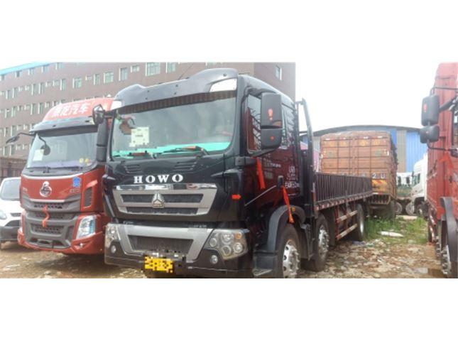 中國重汽 豪沃  T5G 240馬力7.8米車廂