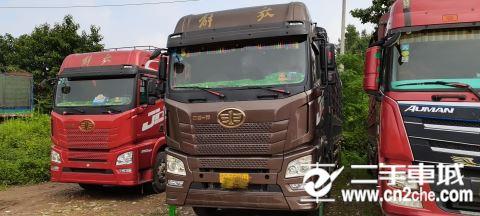 青島解放 JH6 JH6重卡 375馬力 8X4 9.5米載貨車