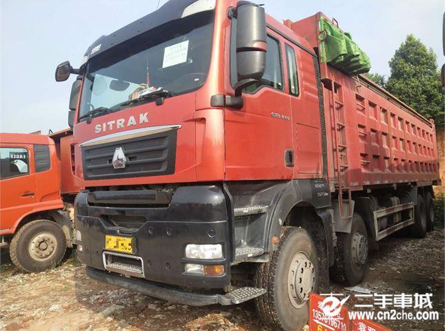 中國重汽 汕德卡 440馬力前四后八
