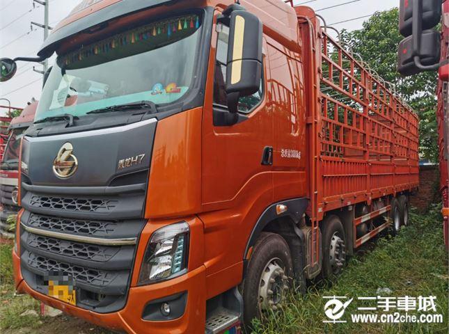 東風柳汽 乘龍H7 載貨車 重卡420馬力8X4 9.4米倉柵式載貨車