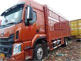 东风柳汽 乘龙H5 载货车 中卡240马力4X2 6.8米仓栅式载货车