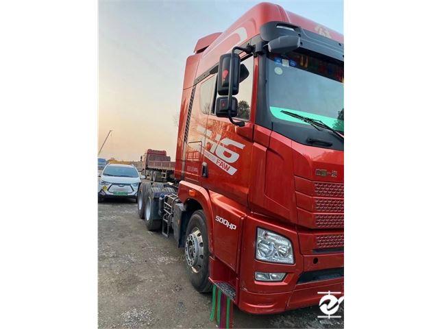 青岛解放 JH6 牵引车 JH6重卡 500马力 6X2R牵引车