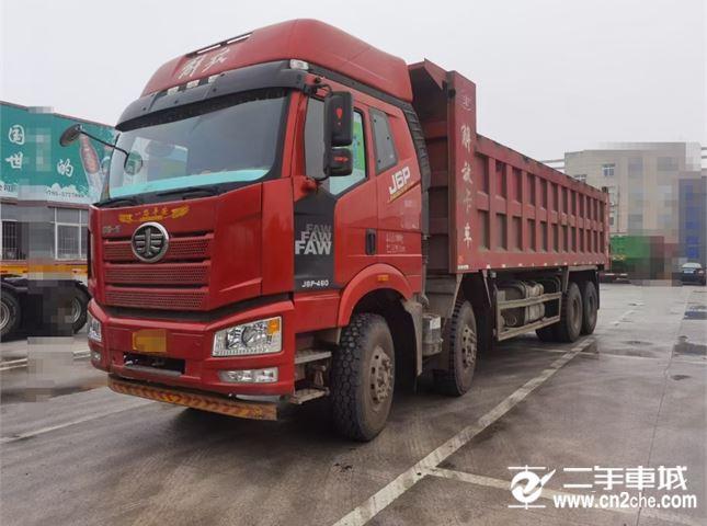 一汽解放 J6P 重卡460马力8X4自卸车8.2米
