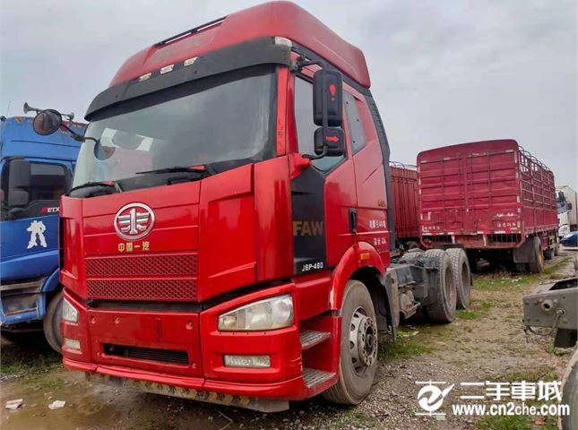 一汽解放 J6P 460马力6x4牵引车