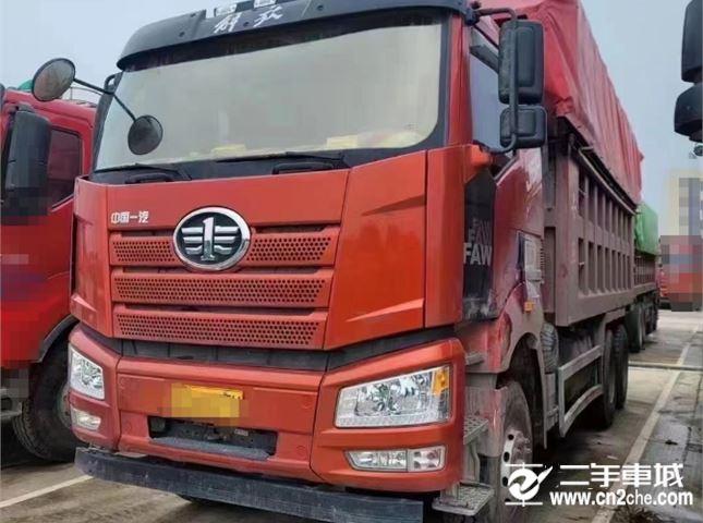 一汽解放 J6P 重卡460马力6X4自卸车6.2米
