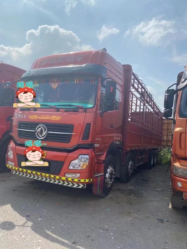 东风 天龙 载货车  仓栅式350马力